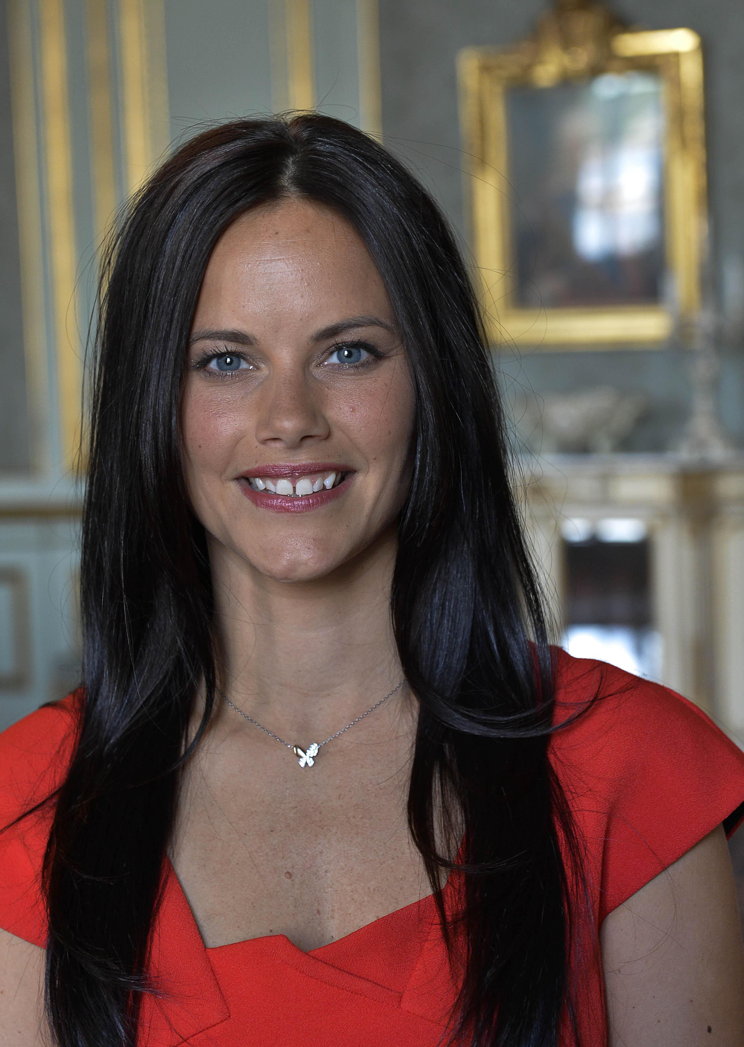 Zweedse prins carl philip en sofia hellqvist verloofd - Princesse sofya ...